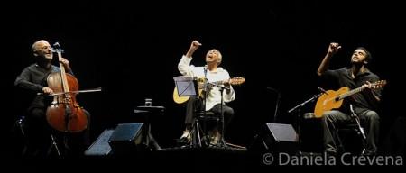 Il trio di Gilberto Gil (foto Daniela Crevena)