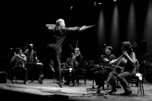 INTRO Ve Butch Morris Ensemble 075